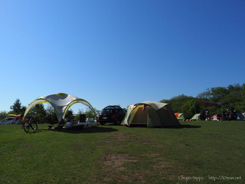 内山牧場キャンプ場, ノースイーグルFourLeafクローバードーム300, コールマンパーティシェード360