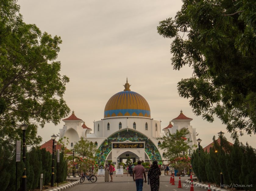 マラッカ 水上モスク Masjid Selat Melaka