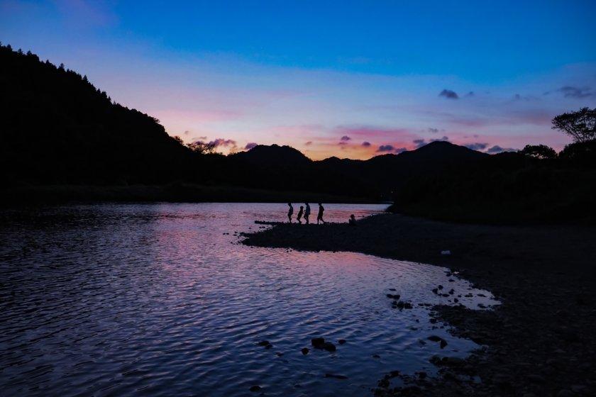 上小川キャンプ場で川遊びコテージキャンプ ②1日目夜
