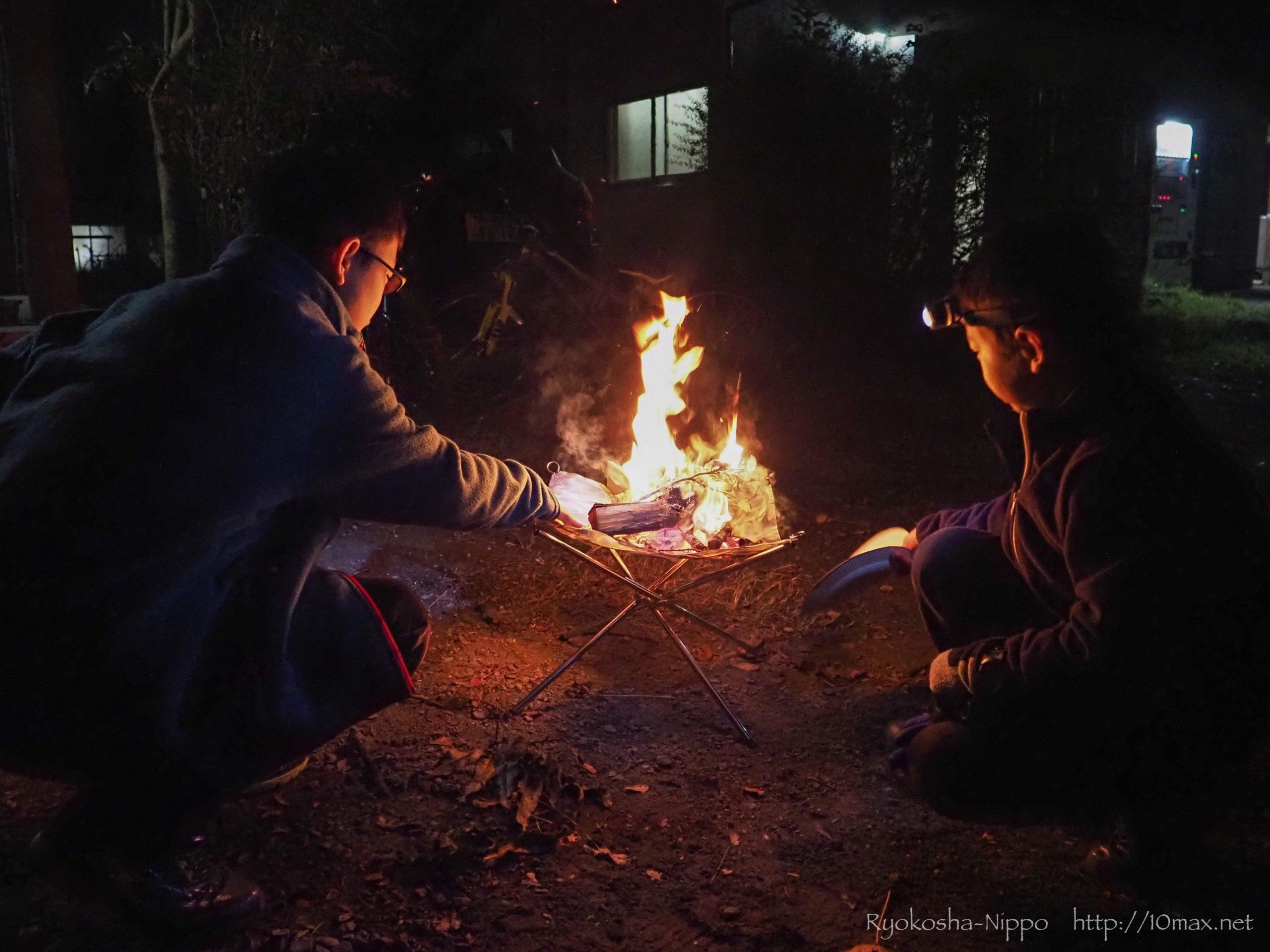かずさオートキャンプ場 コテージ 秋キャンプ 焚火