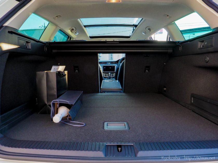 VW フォルクスワーゲン パサートオールトラック PassatAlltrack ラゲッジ 荷室  電動パノラマスライディングルーフ