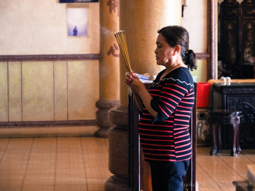 ベトナム ブンタウ ビーチ 仏教寺院 タウ寺 マリア教会 キリスト像 如来像
