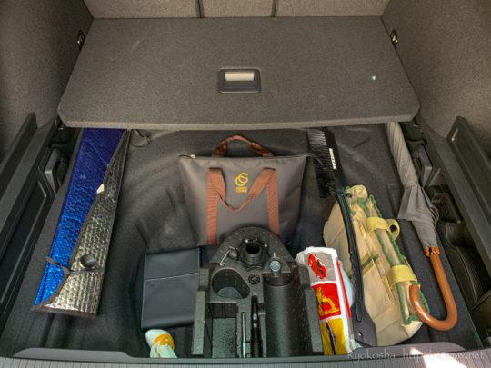 パサートオールトラック 荷室 ラゲッジ 寸法 サブトランク