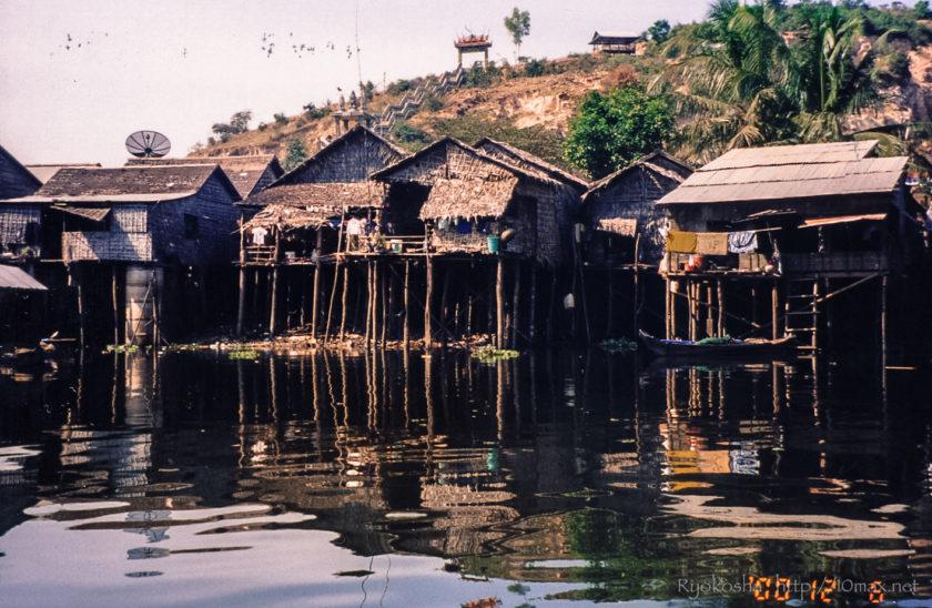カンボジア トンレサップ湖