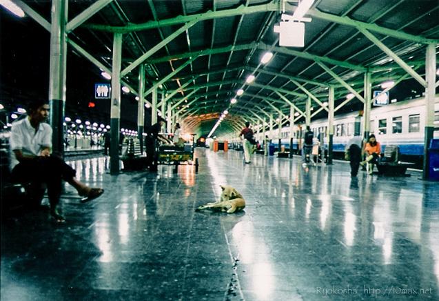 バンコク ホアランポーン駅
