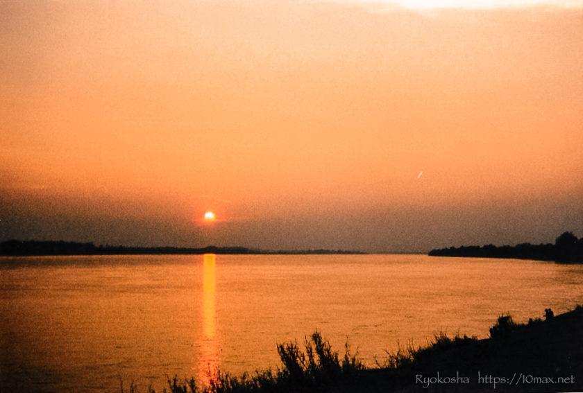 ラオス ビエンチャン メコン川
