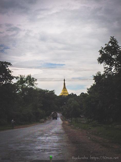 チャウタン 水中寺院