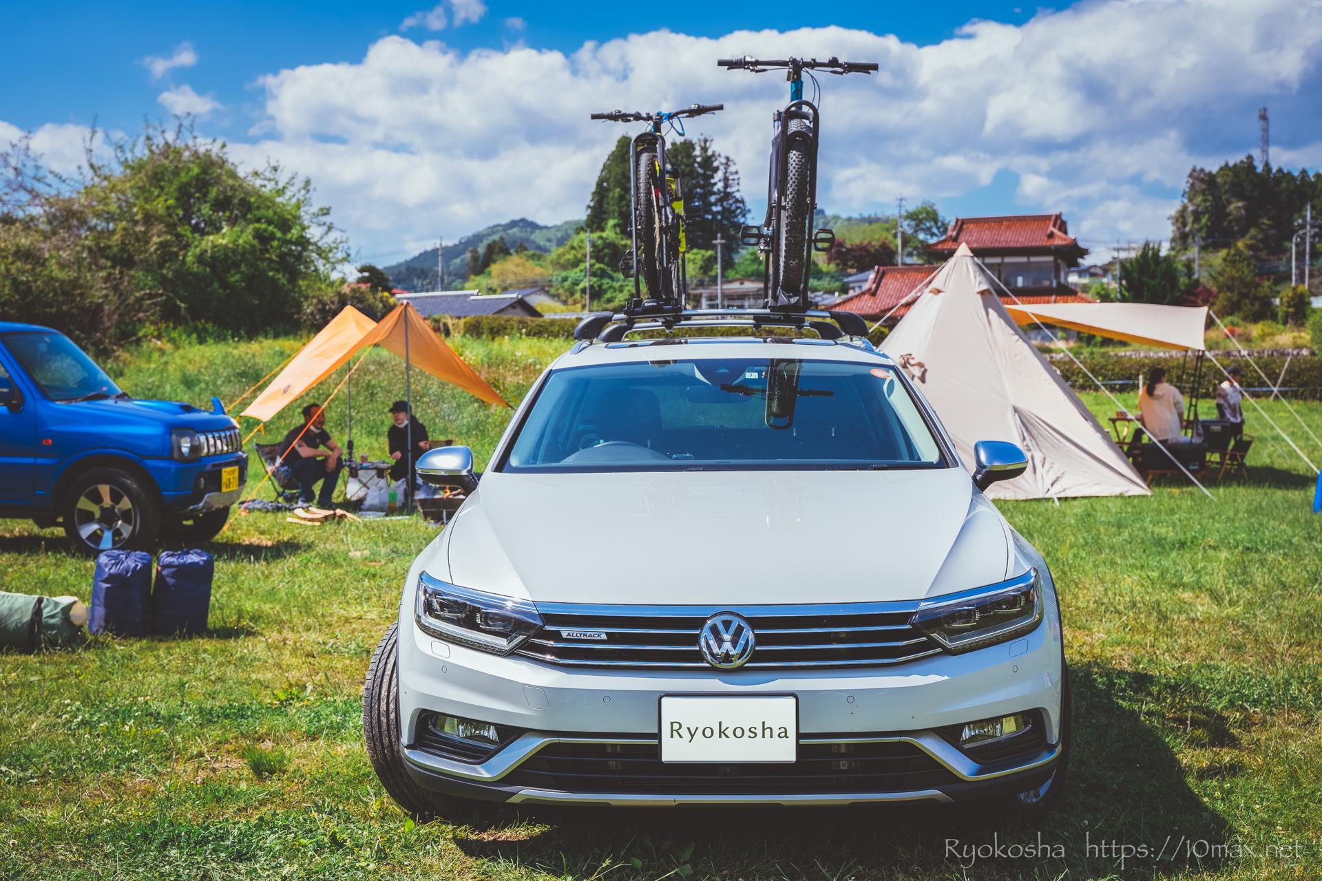 上小川キャンプ場 パサートオールトラック ルーフトップサイクルキャリア INNO INA389 タイヤホールド2