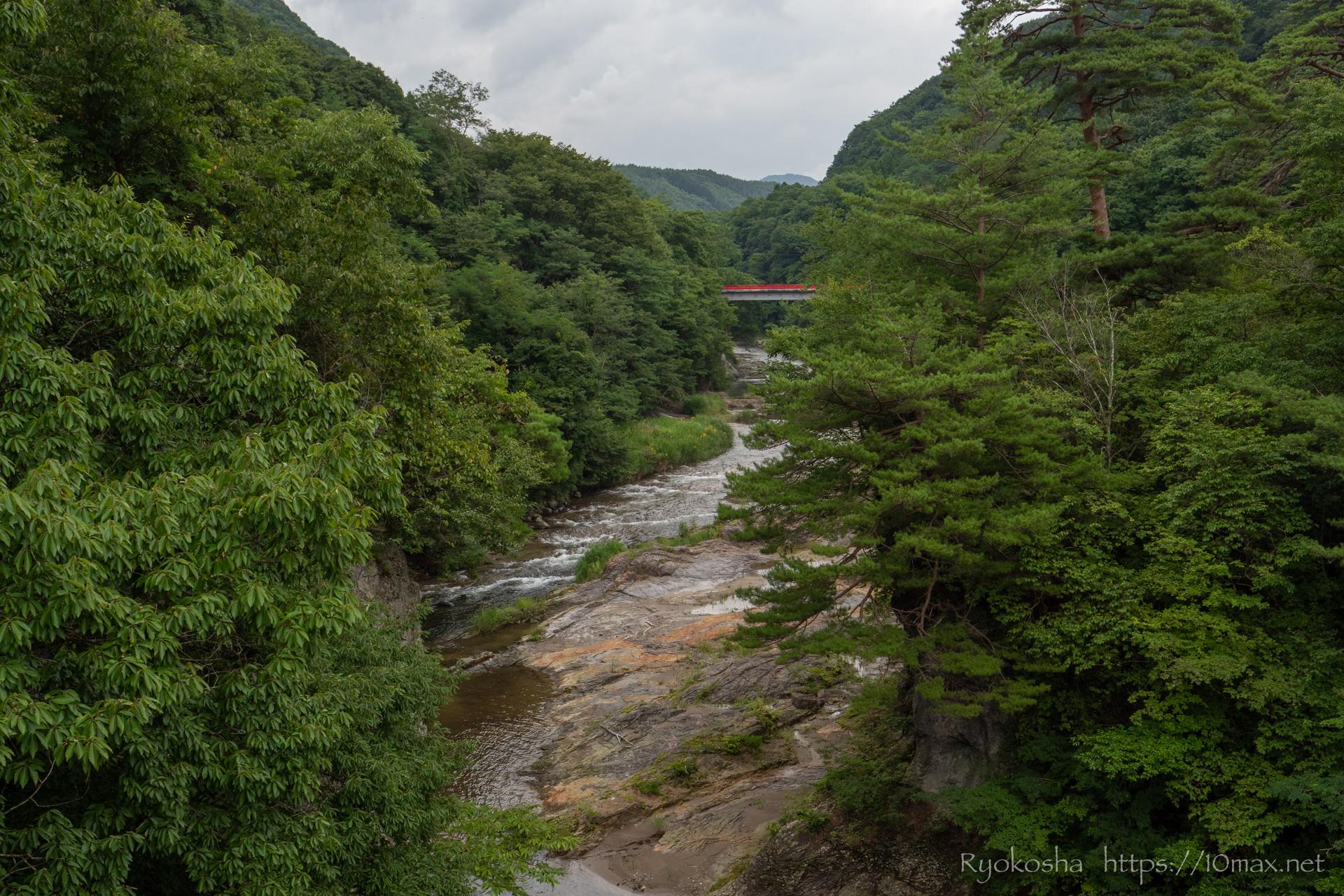 群馬県 沼田市 吹割の滝 東洋のナイアガラ 遊歩道 浮島橋 吹割橋